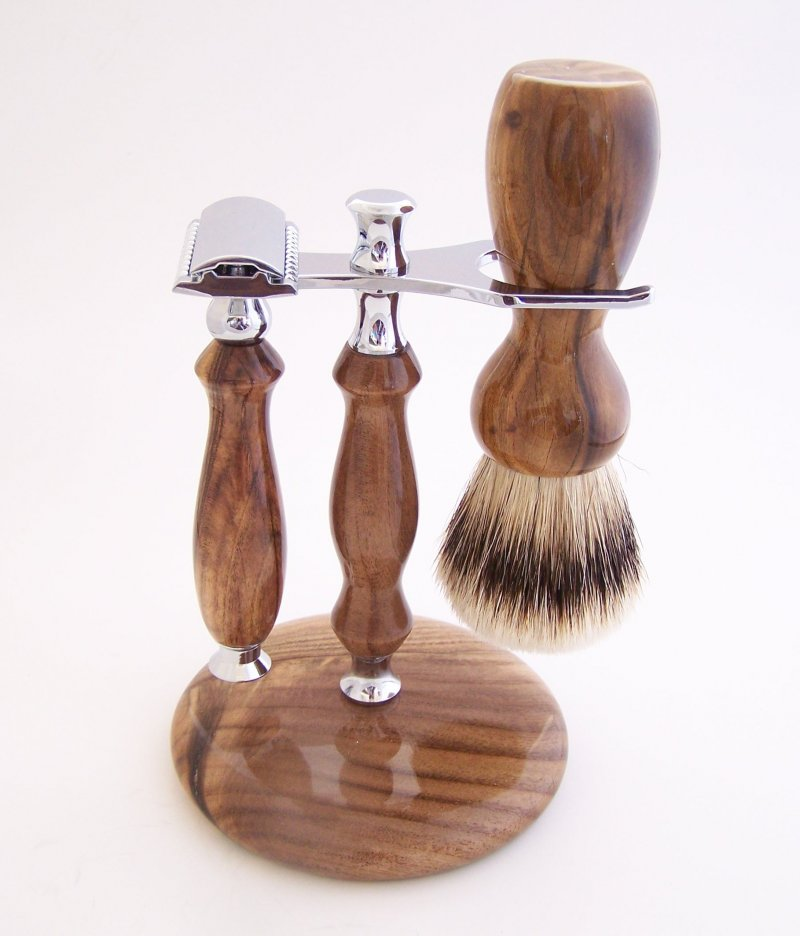 Image 1 of Shaving Set: Pistachio Wood 22mm Silvertip Brush, DE Safety Razor & Stand (P21)