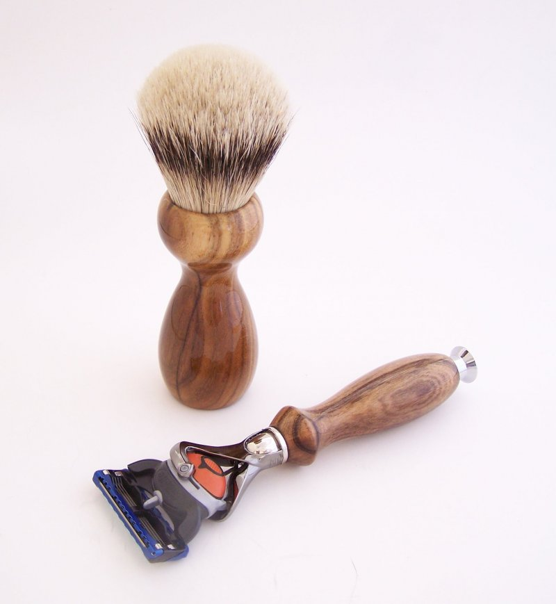 Image 1 of Shaving Set:  Pistachio Wood 22mm Silvertip Brush, Fusion Flexball & Stand (P3)