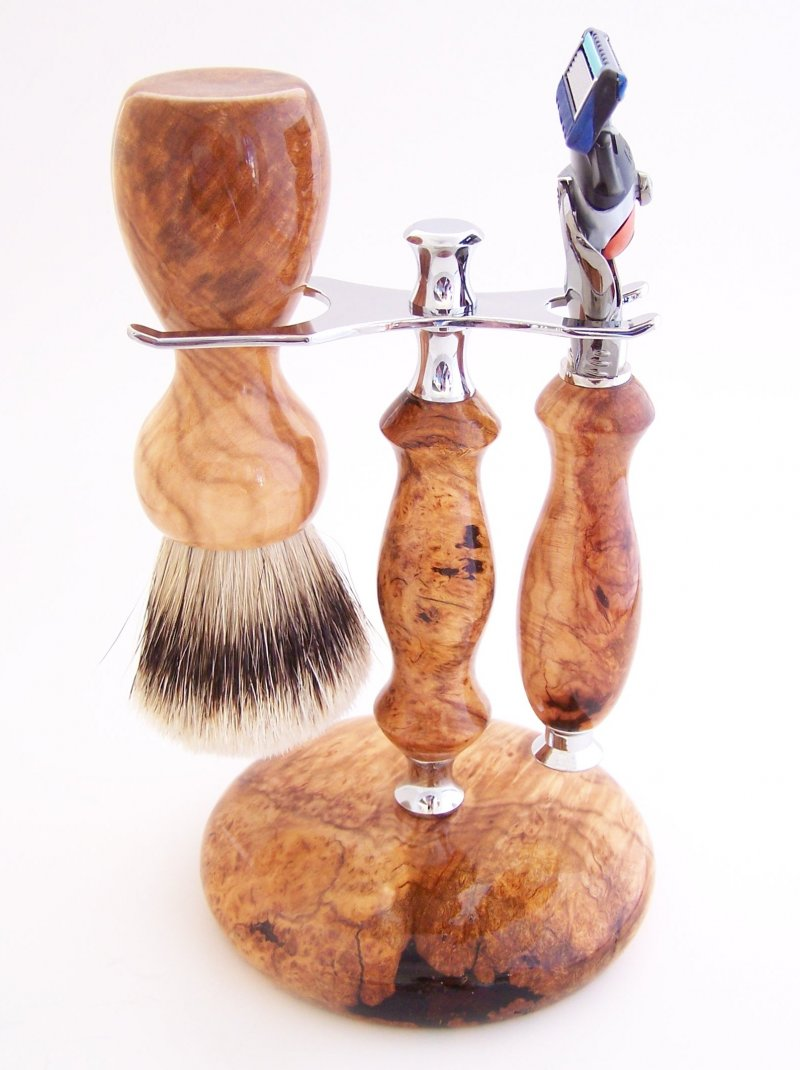 Image 0 of Shaving Set: Cherry Burl 22mm Silvertip Brush, Fusion Flexball & Stand (C11)