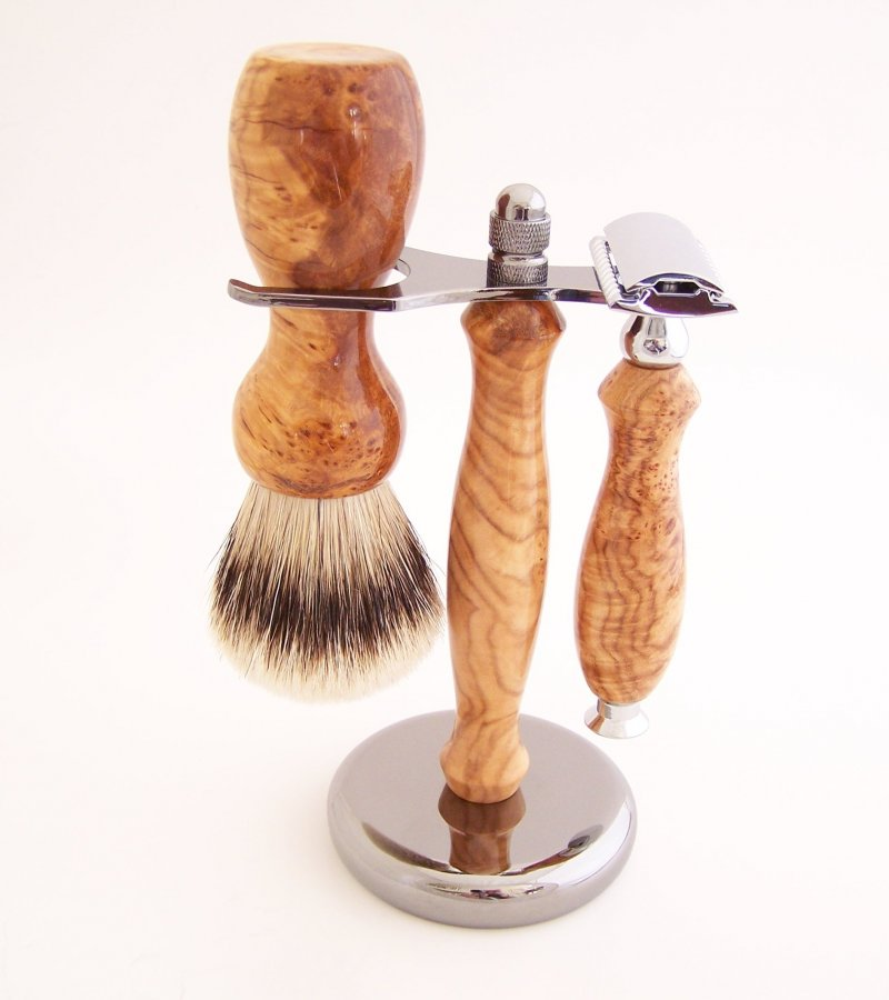 Image 0 of Shaving Set: Cherry Burl 22mm Silvertip Badger Brush, DE Safety Razor & Stand C1