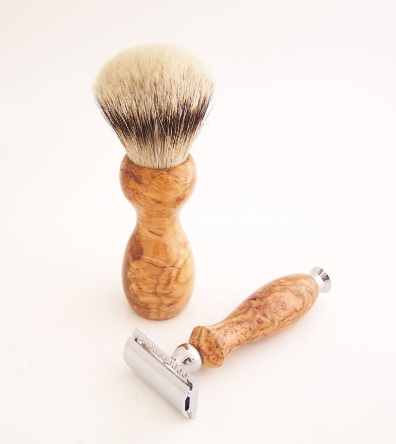 Image 1 of Shaving Set: Cherry Burl 22mm Silvertip Badger Brush, DE Safety Razor & Stand C1
