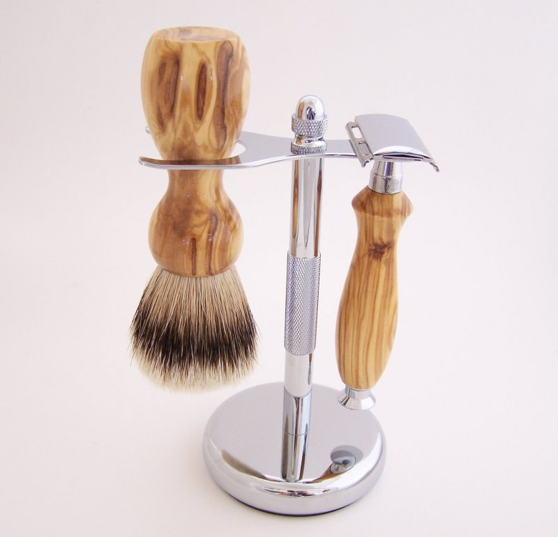 Image 0 of Olivewood 20mm Silvertip Brush, DE Safety Razor and Stand (Handmade) O1