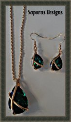 Gold Tone Necklace & Dangle Earring Jewelry Set With Green Crystal