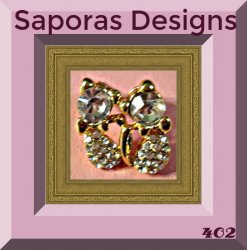 Gold Tone Cat / Kitten Design Stud Earrings With Clear Crystals