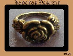 Antique Flower Design Ring Size 4.5