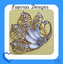 Gold Tone & White Swan Design Brooch With Clear Crystals