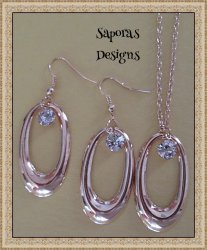 Gold Tone Oval Design Dangle Earrings & Necklace Jewelry Set With Clear Crystals