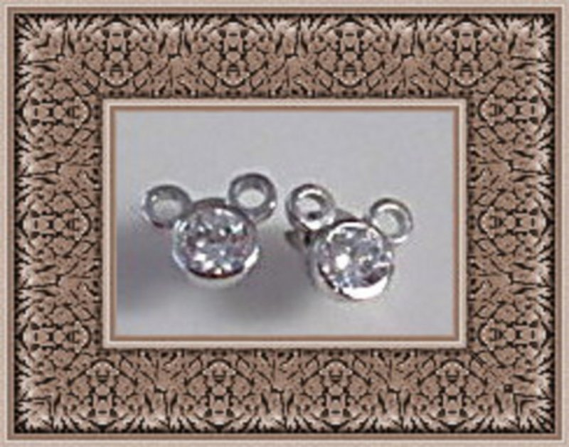 Image 0 of 925 Sterling Silver Disney Mickey Mouse Design Stud Earrings With Clear Crystals