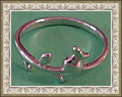 18KRP Flower / Rose Design Vintage Ring Size 7 Classy & Simple
