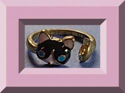 Antique Cat / Fish Design Ring Size 6