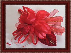 Handmade Old Fashioned Red Flower Design Brooch