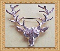 Antique Gold Tone Deer With Antlers Design Brooch
