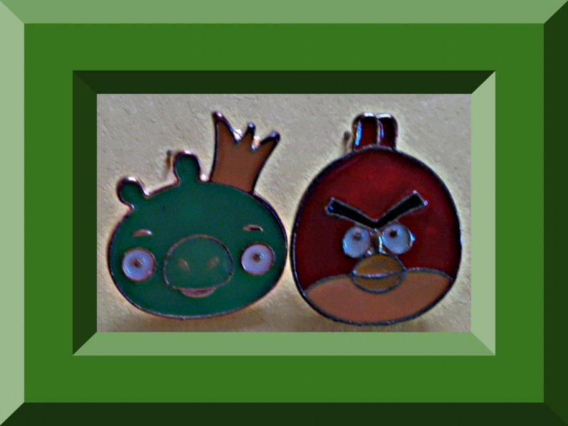 Image 0 of Angry Birds Design Stud Earrings With Gold Tone Finish