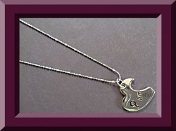 18KRP Half Heart Amour Design Necklace For Her