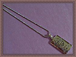 18KRP Our Love Will With Smiling Face Design Necklace