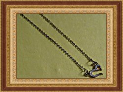 Antique Design Heart Necklace With Clear Crystals