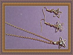 Gold Tone Star With Clear Crystals Dangle Earring & Necklace Jewelry Set