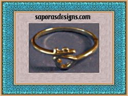 Vintage Silver Tone Heart Design Ring Size 9 Classy Style