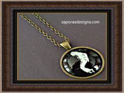 Glow In The Dark Antique Michael Jackson Design Necklace Unisex