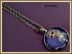 Disney Frozen Elsa Design Necklace Silver In Color For Girls