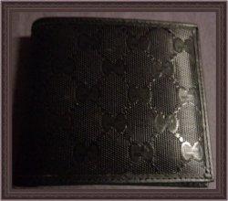 Gucci Men's Black Bi-Fold Wallet Signature Canvas