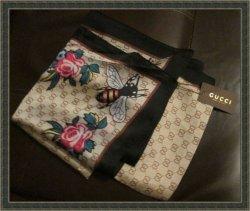 Gucci Silk GG Bee/Flower Design Scarf Classy Style
