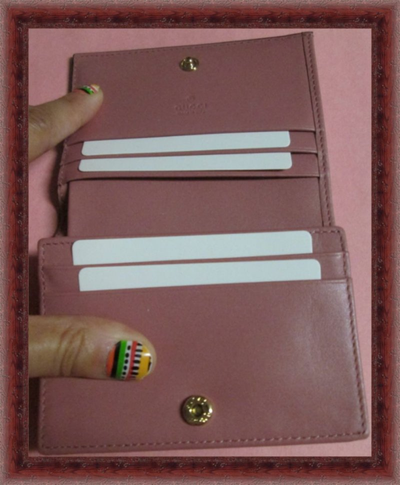 Image 2 of GUCCI 410120 Signature Leather Card Case