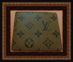 Brown Leather Luxury Bi-Fold Wallet For Men Classy Style