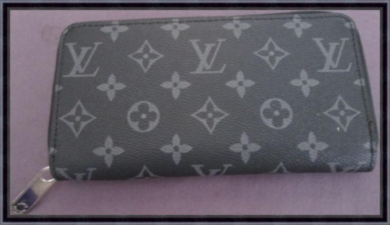 Image 0 of Black & Gray Long Leather Zippy Luxury Classy Wallet For Women