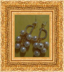 Gold Tone Dangle Earrings With Faux Pearls & Clear Crystals Classy Luxury Style