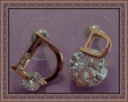 Gold Tone Luxury Classy Style Stud Earrings With Clear Crystals