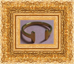 Gold Tone T-Bar Design Ring Size 8 Luxury Classy Style For Women