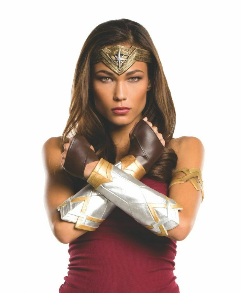 Image 1 of Rubies Wonder Woman Deluxe Accessory Kit Adult 32977