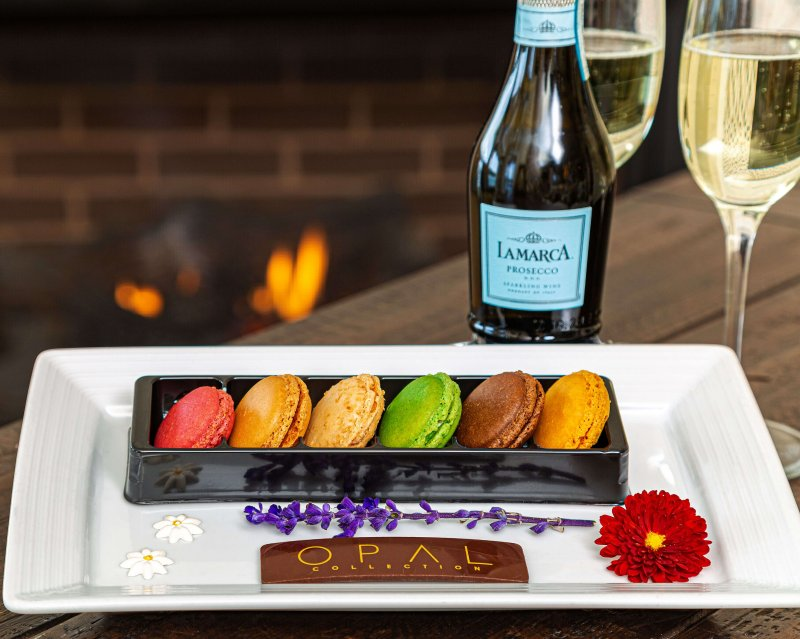 French Macarons & Chilled Champagne