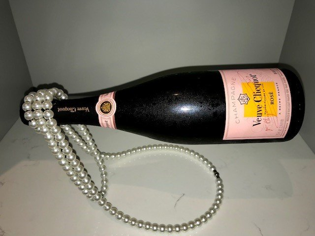 Champagne - Clicquot Rose Bottle