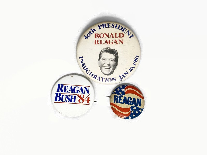 Image 1 of Vintage Political Campaign Buttons Ronald Reagan