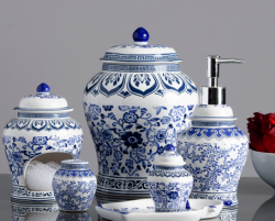 Ginger Jar Blue & White Pump Dispenser