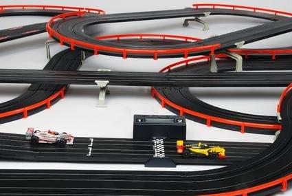 Image 2 of AFX Giant Raceway HO Race Set 21017