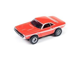 Auto World X-Traction 1970 Dodge Challenger HO Slot Car