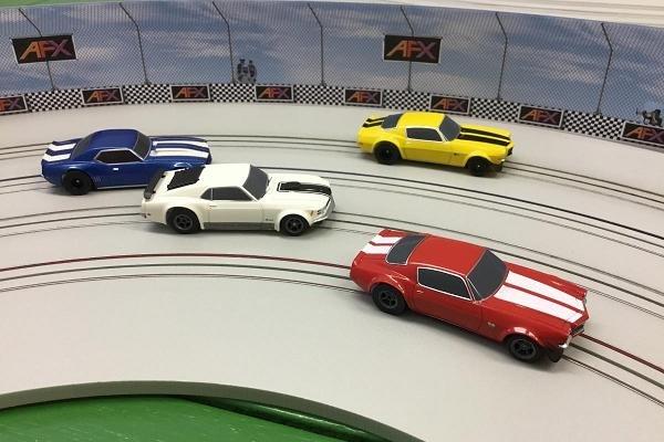 Image 2 of AFX Race Barrier 1071