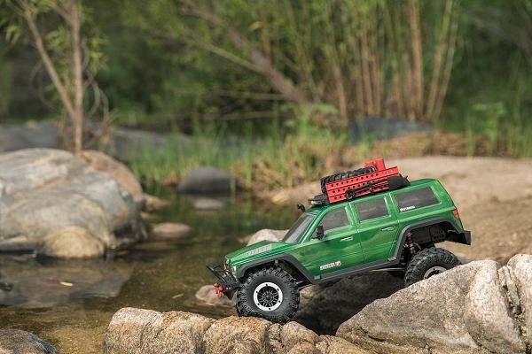 Image 4 of Redcat Everest Gen7 PRO Electric 1/10 RC Crawler RTR w/ FREE Scale Accessory Set