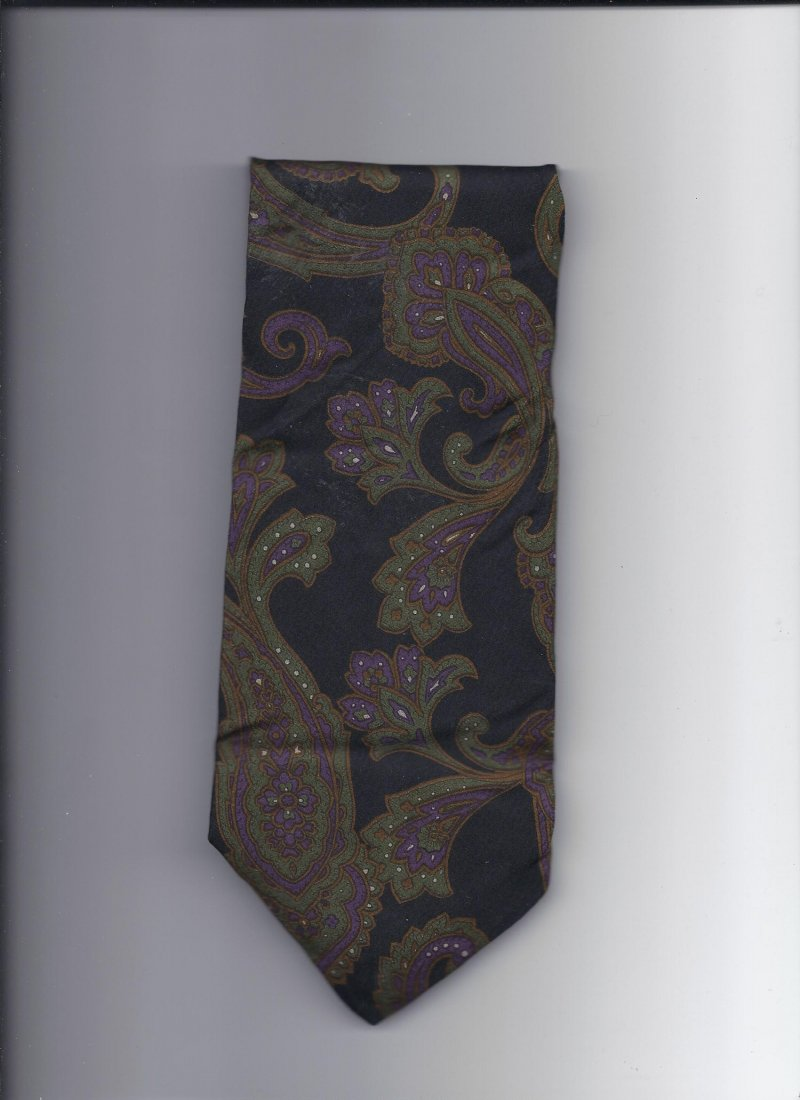 Image 0 of Geoffery Beene 100% silk Tie 58