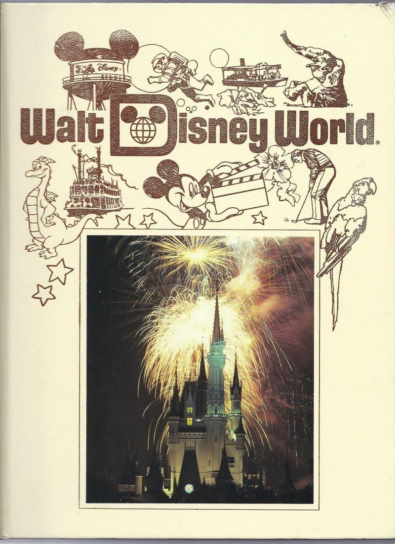 Image 0 of 1989 Walt Disney World Pictorial Sovuiner Hardback book OOP