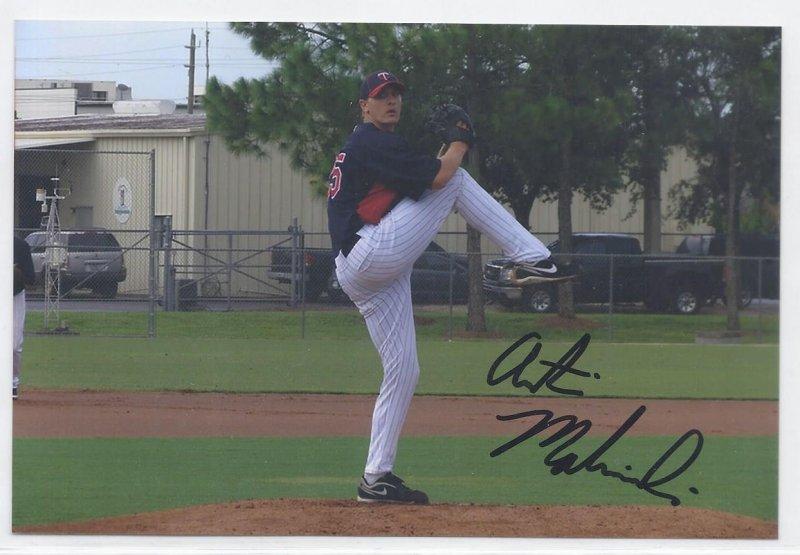 Image 0 of Austin Malinowski Signed Autographed 4x6 Glossy Photo Twins