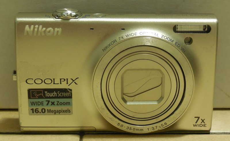 Image 0 of  Nikon Coolpix S6100 16.0 MP Digital Camera 7x zoom Touchscree​n Silver