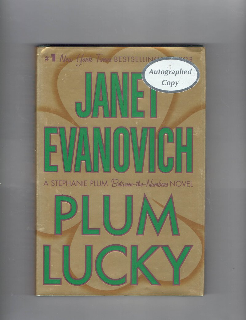 Image 1 of A Between the Numbers Novel Plum Lucky 3 by Janet Evanovich Signed Autographed