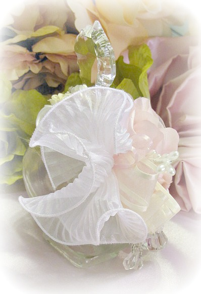 Image 3 of Pink Regency Cherub Oval Potion Bottle
