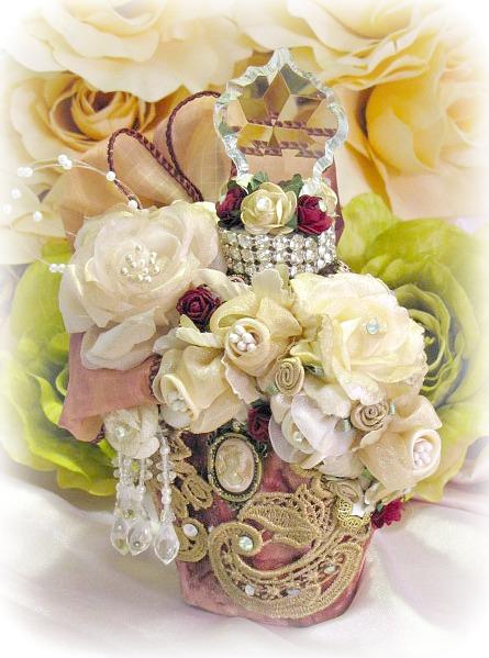 Image 2 of Regency Splendor Potion Bottle Heart