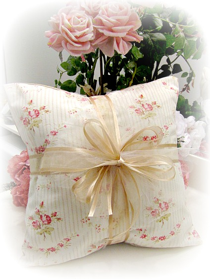 Image 0 of Everyday Romance Vintage Tea Rose Pillow
