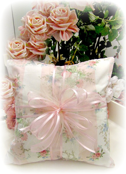 Everyday Romance Vintage Pink Roses Pillow